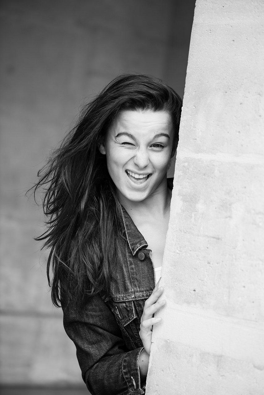 photographe-ile-de-france-portraits-maya-angelsen-paris-laurine-justine