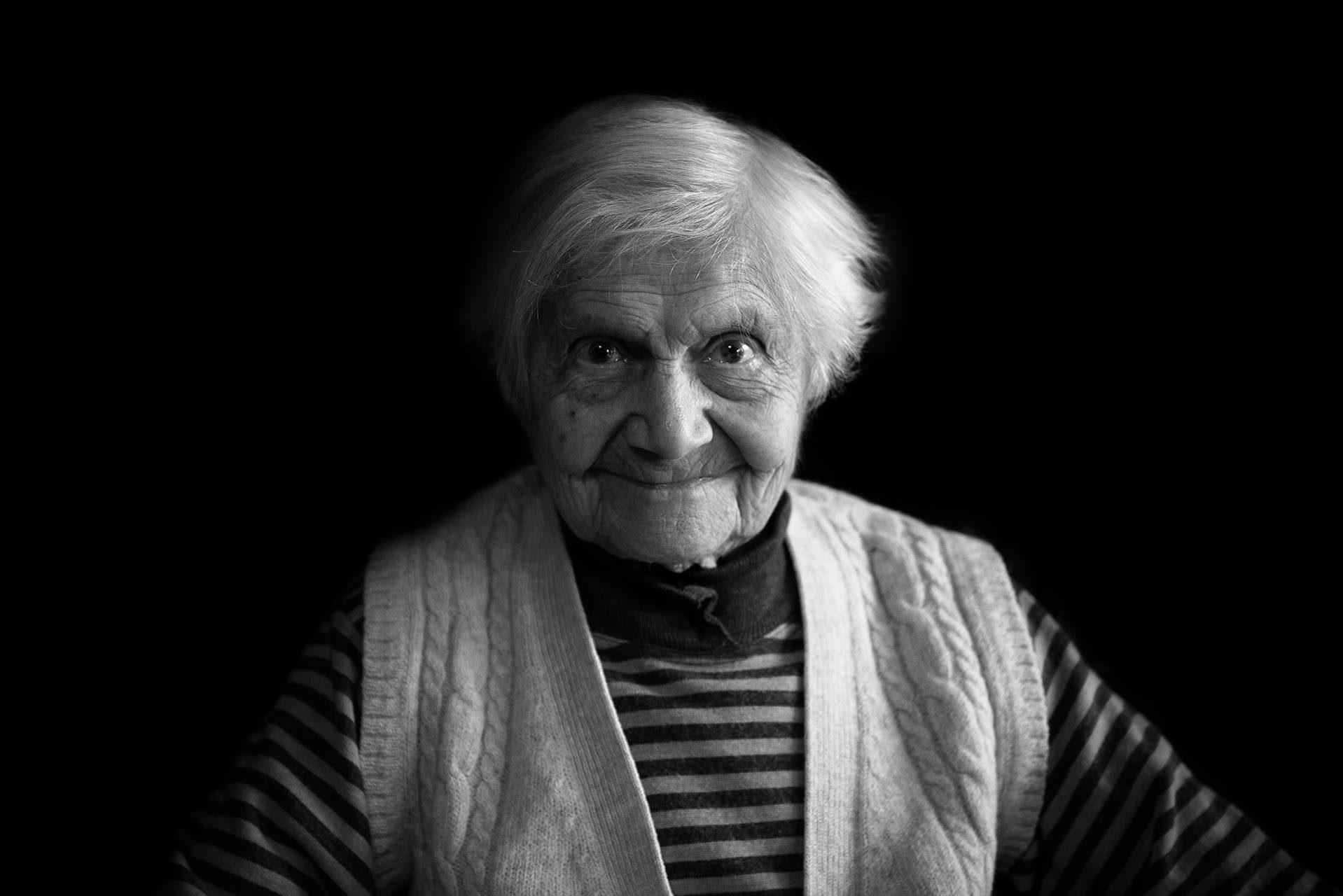 photographe-ile-de-france-projet-centenaires-et-des-roses-val-de-marne-portraits