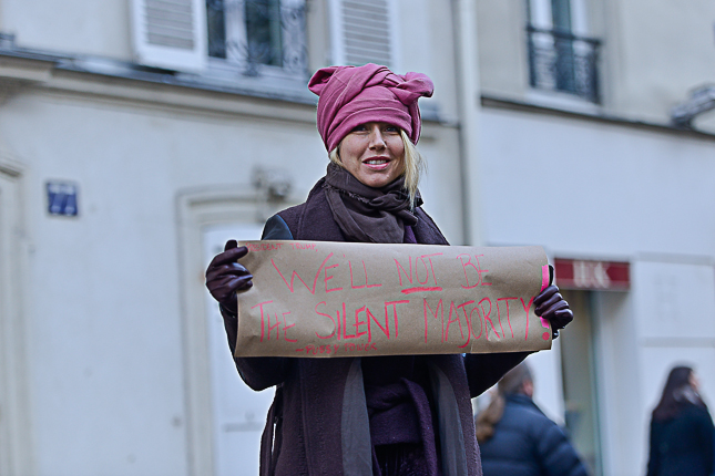 photo-women-march-anti-trump-paris-2017