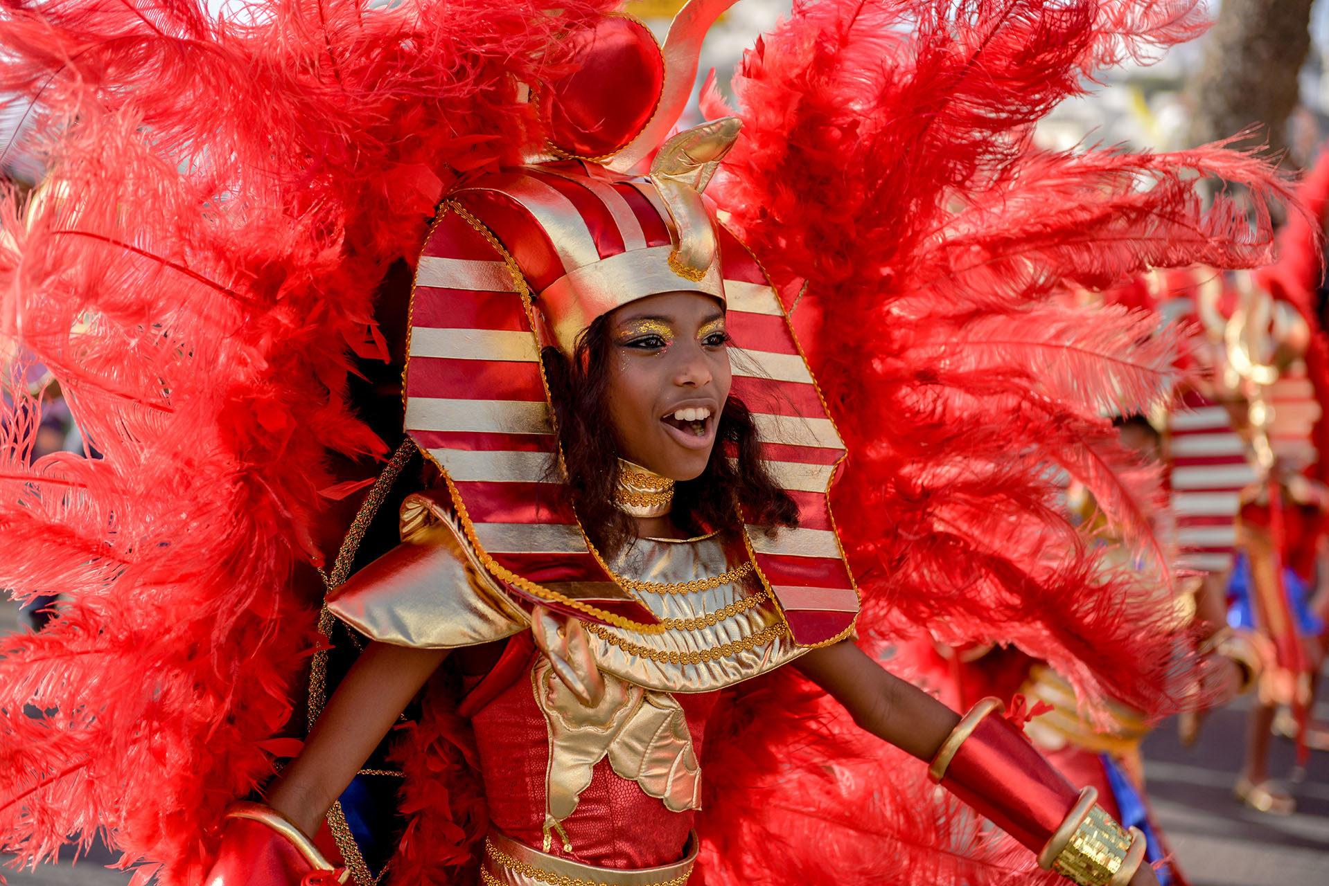 photographe-maya-angelsen-evenementiel-voyage-ile-de-france-carnaval-mindelo