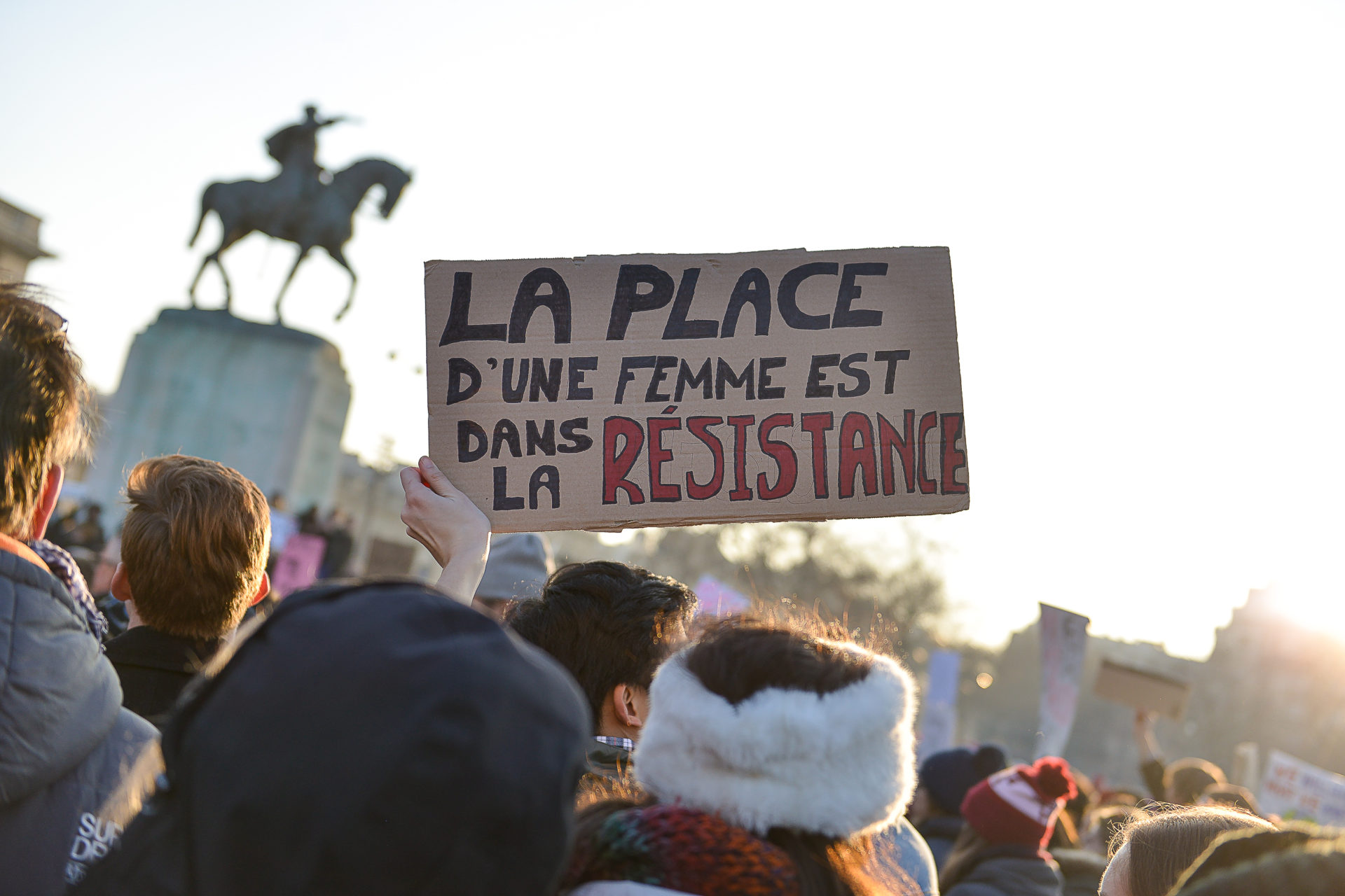 slogan-feministes-women-march-paris
