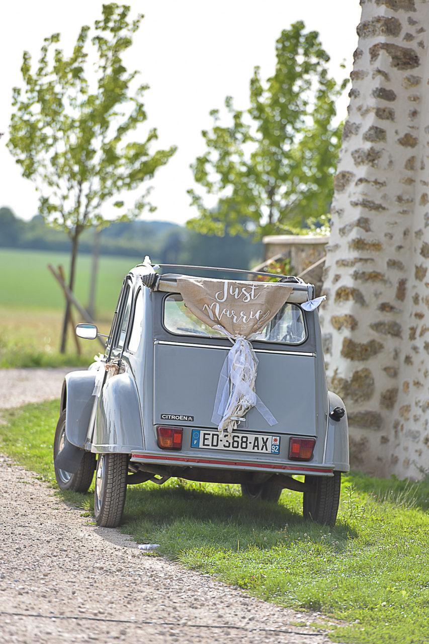 photographe-mariage-armenon-ferme-essonnes-voiture-ancienne