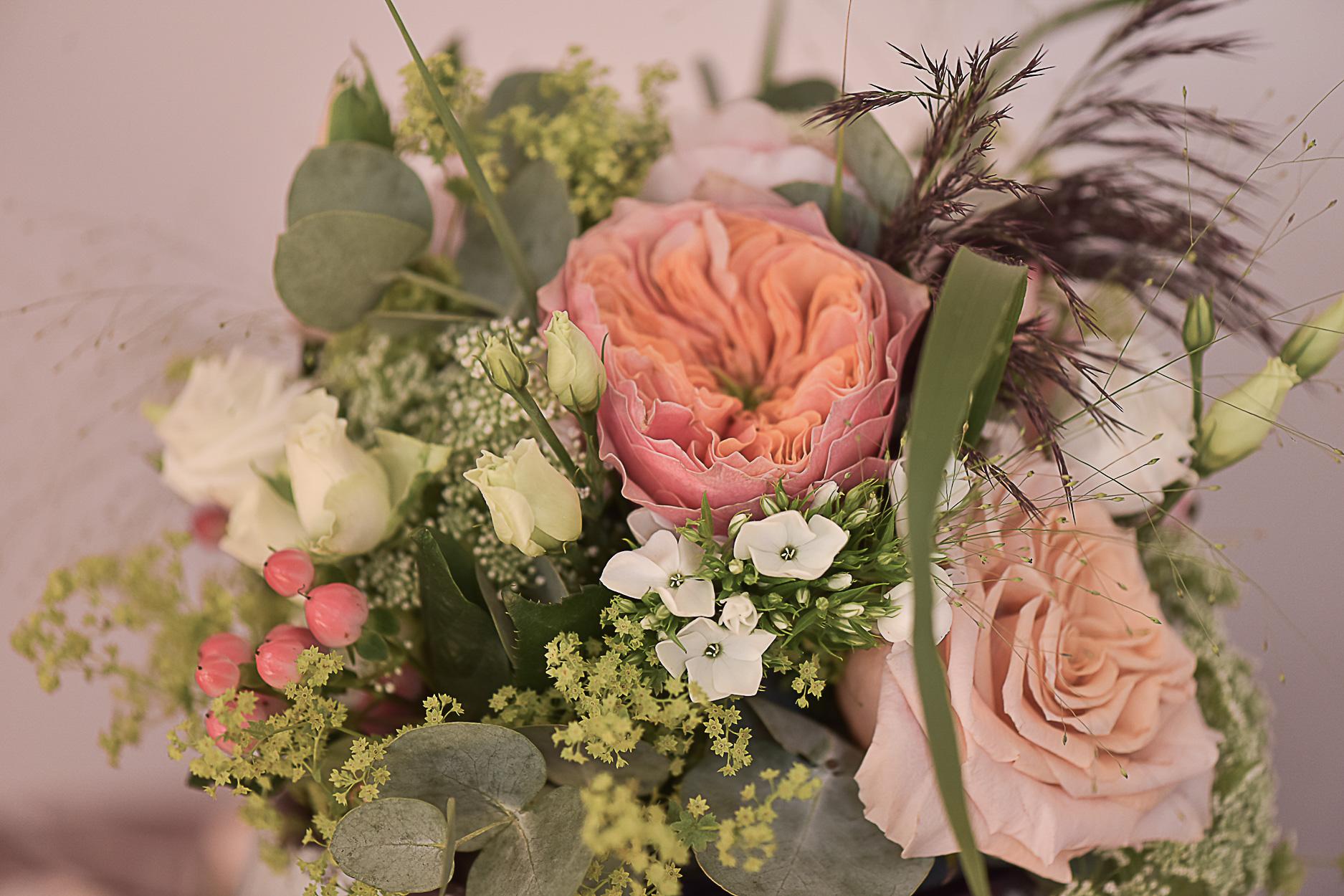 photographe-mariage-bouquet-mariee