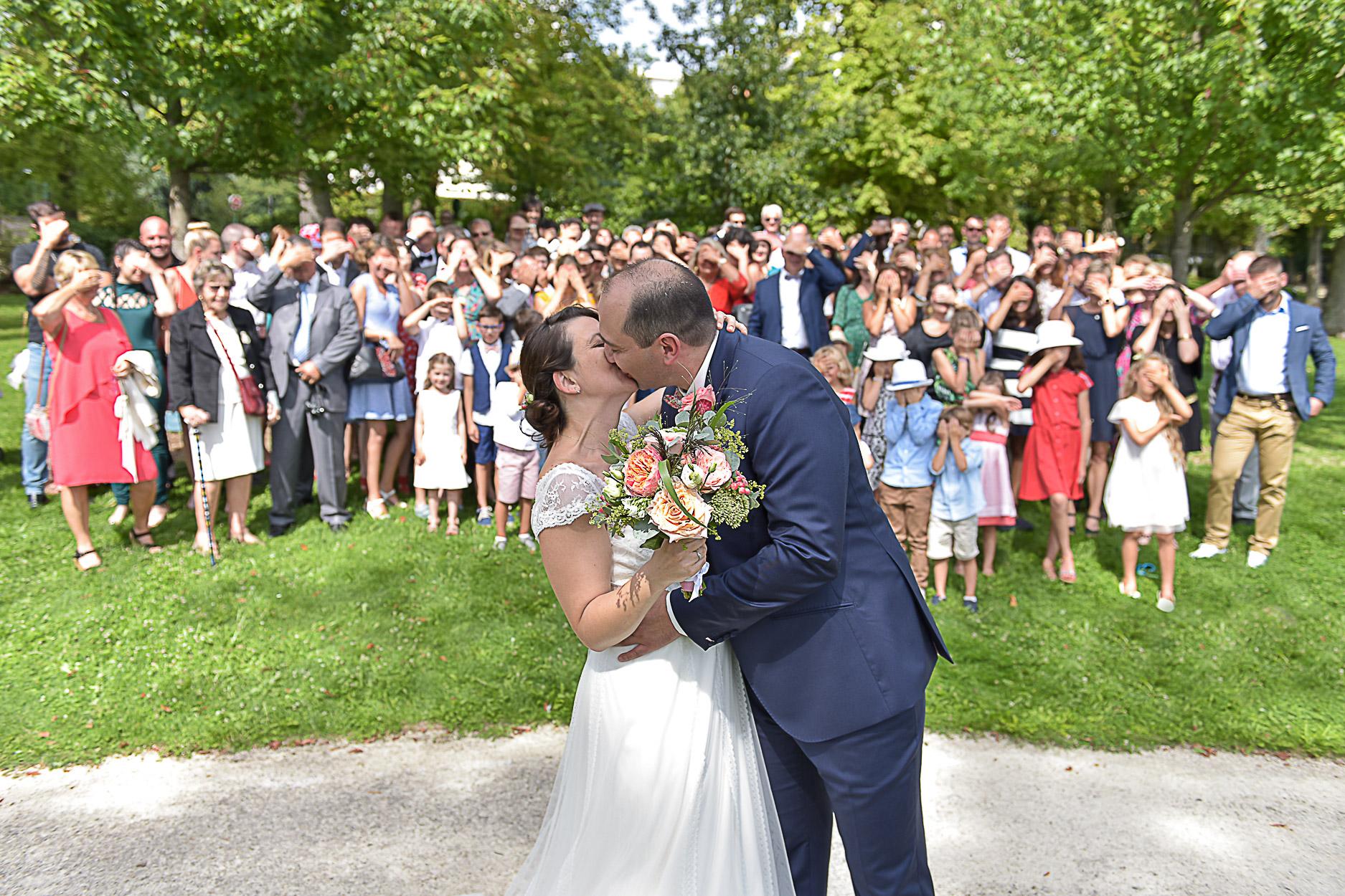 photographe-mariage-photo-groupe-maries