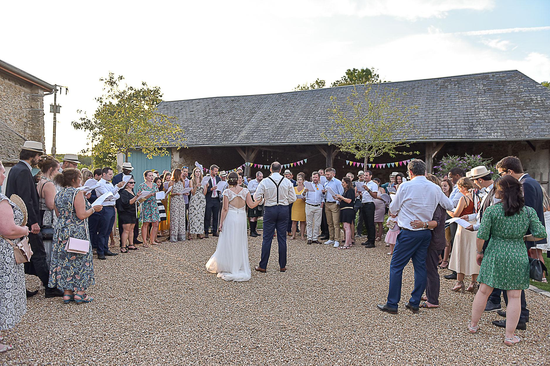 photographe-mariage-vin-d-honneur-ferme-armenon
