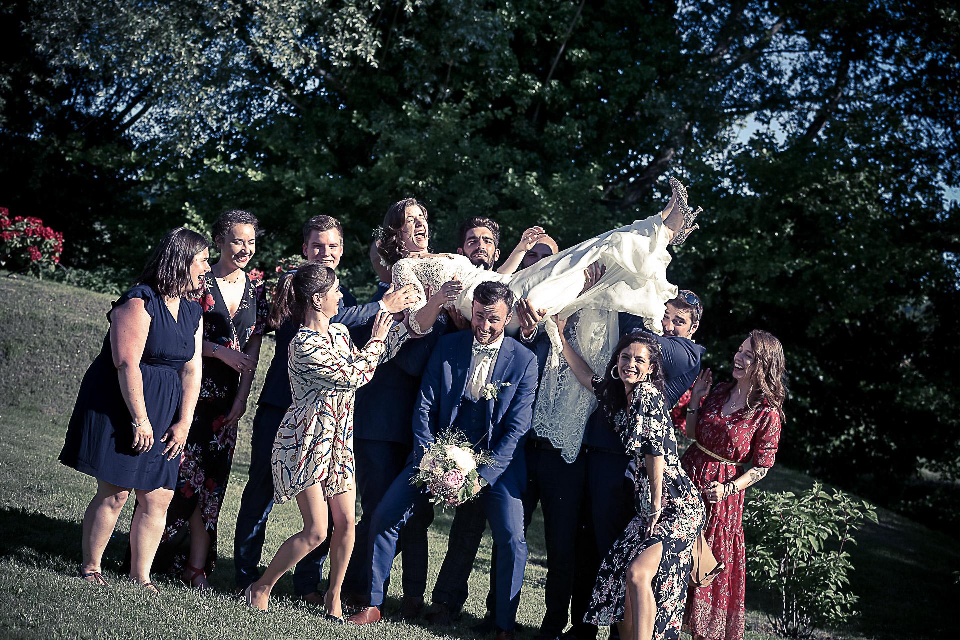 photographe-mariage-groupe-maries