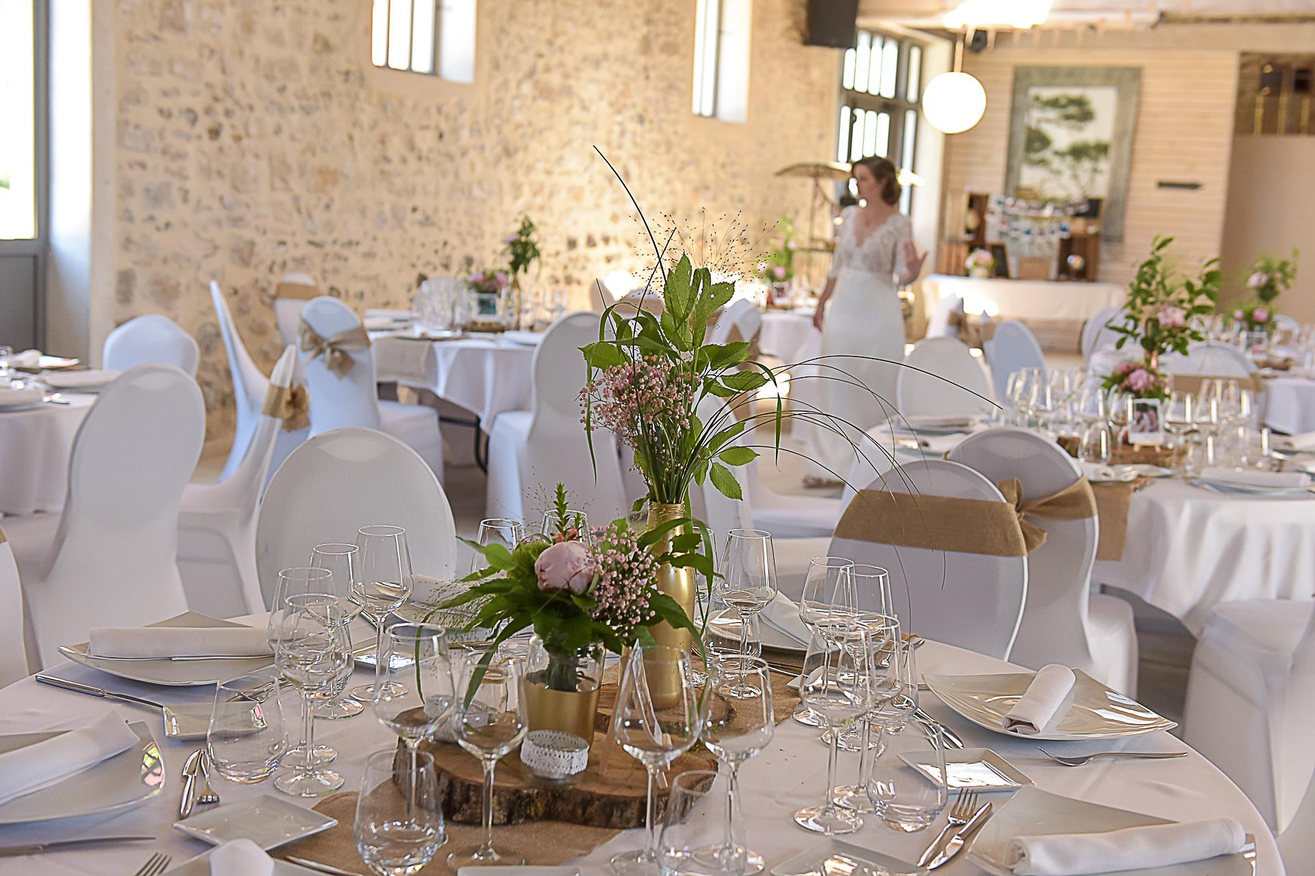 photographe-mariage-les-hirondelles-longvilliers-plans-de-tables