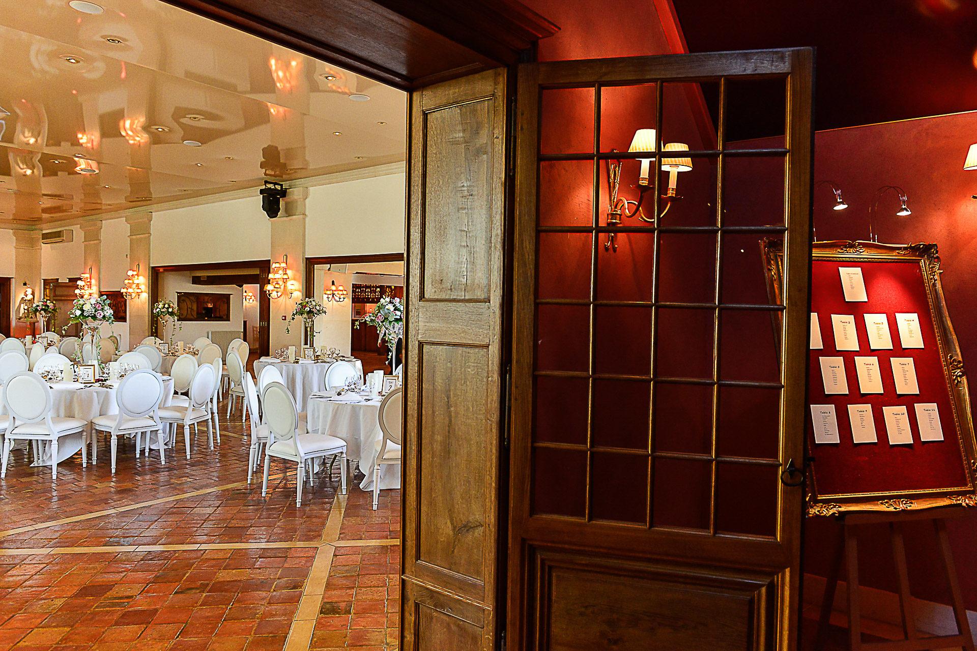 photographe-domaine-des-clos-vallees-mariage-plans-de-tables