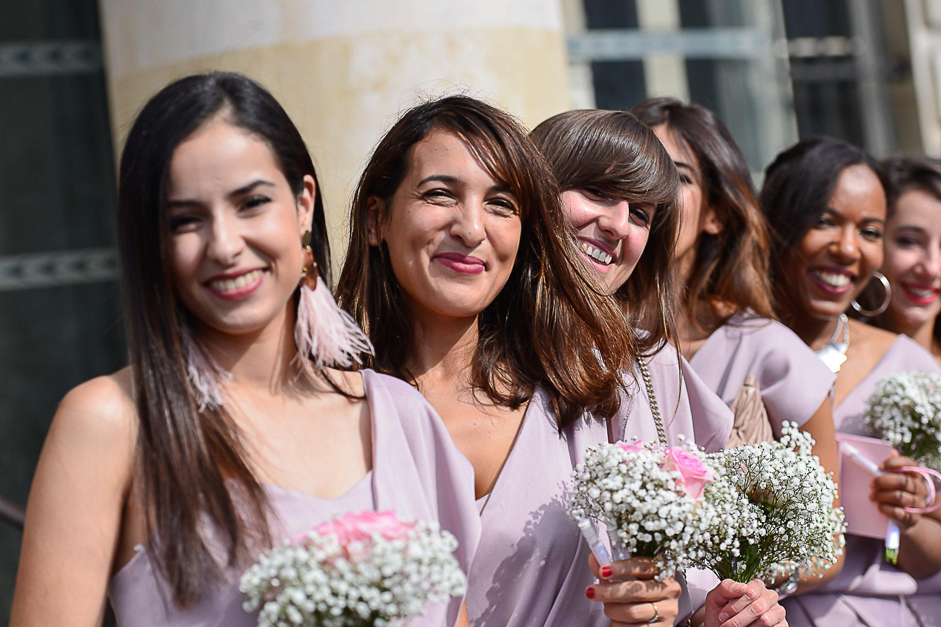 photographe-mariage-paris-demoiselles-honneur-mairie