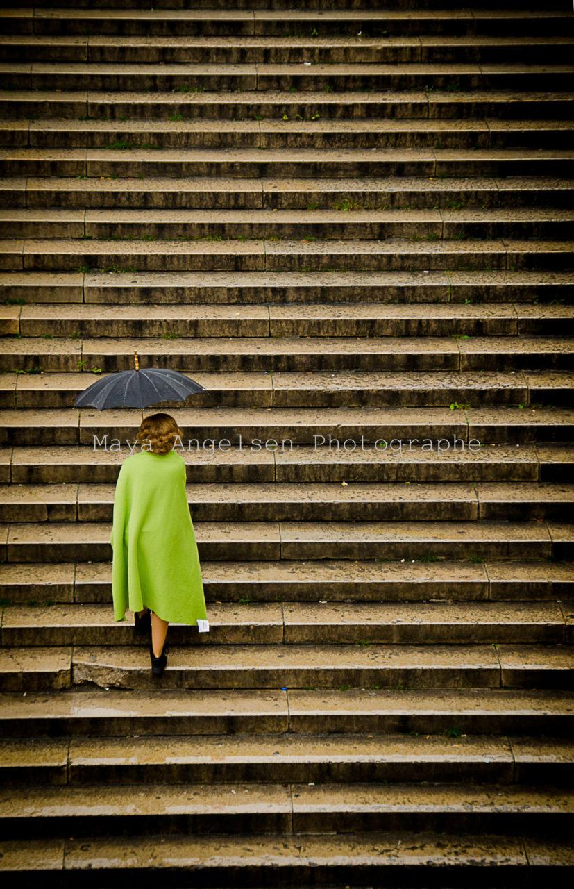 Photographe-streetphoto-l-etiquette-Maya-Angelsen